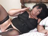 chubby mature woman masturbates for you